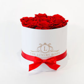 white-small-7-roses